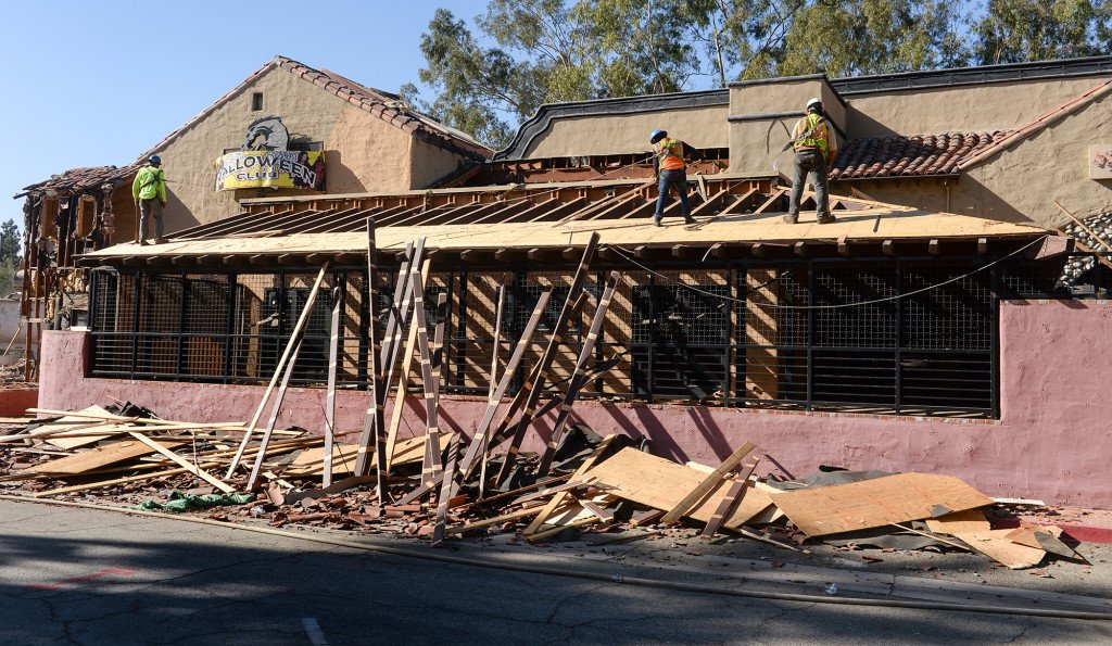 Porto's Bakery begins to demolish old building at site of new West Covina store https://t.co/ceFlyv0IGg