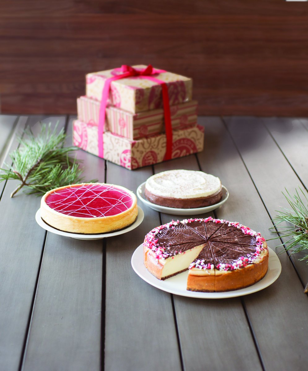 Feeding a crowd?  Shop Eli's #Cheesecake towers and #party packs for the #holidays! https://t.co/m7TVFUqg9H