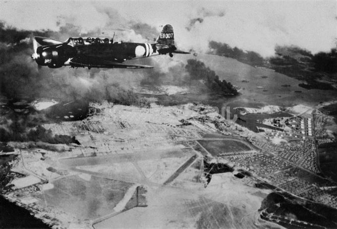【歴史写真館】 真珠湾攻撃76年 よみがえる記憶 sankei.com/photo/story/ne…