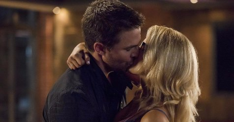 All of the #Olicity moments on #Arrow that will make you swoon https://t.co/ULIK0Lx4sQ