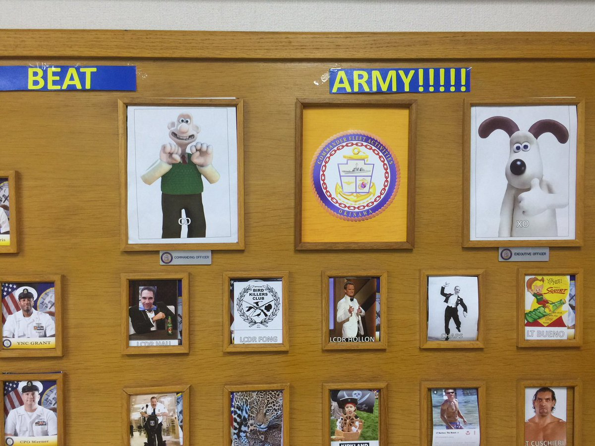 当司令部に新たに着任しましたウォレス司令官とグルミット副司令官の写真が届きましたので、ご紹介します。…