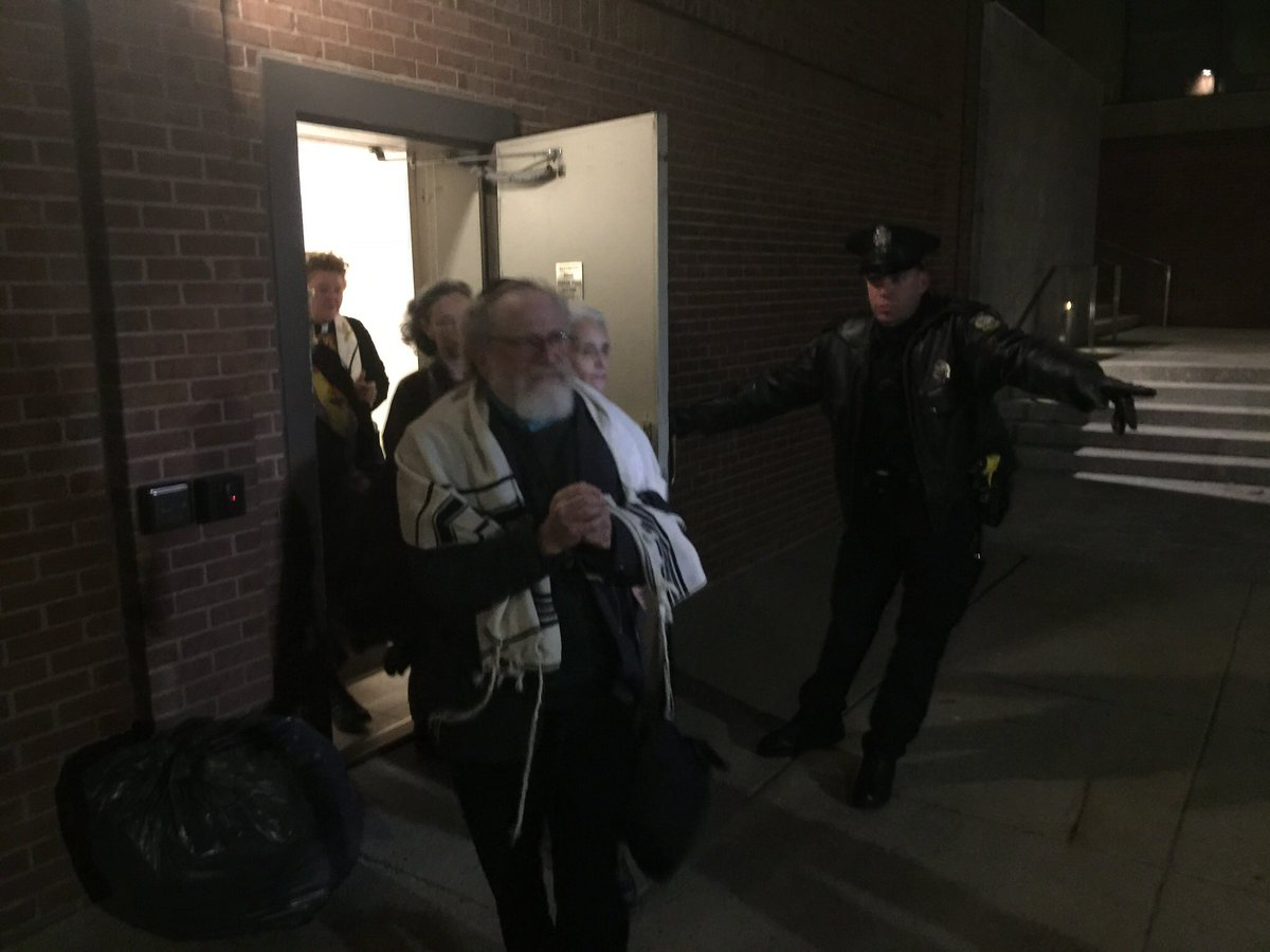 #BREAKING: Nine protesters were arrested at Senator Susan Collins' Portland offices Thursday night, days after a sit-in ended with five people arrested in Bangor: https://t.co/G3axb5yUO4