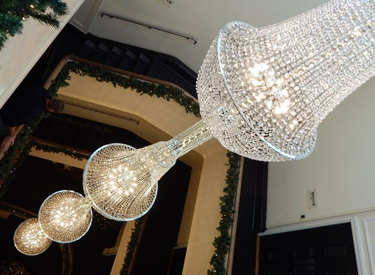 chandelier hashtag on Twitter