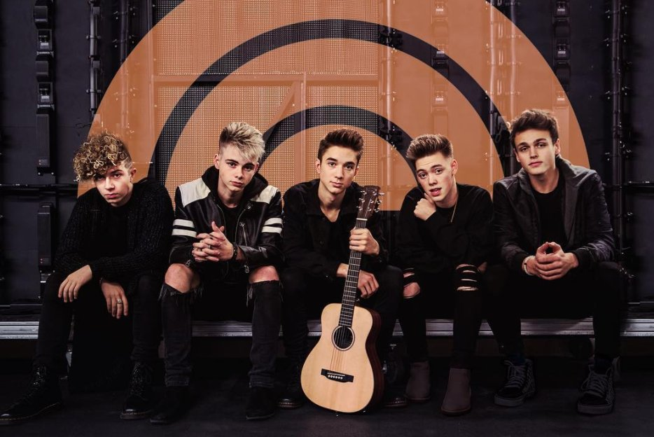 This one's for you #Limelights 👏👏👏👏 Tweet #Z100JingleBall and we'll pick you and a friend to MEET #WhyDon'tWe at our All Access Lounge today!!