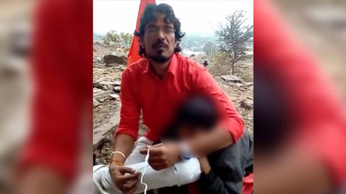 Why has news of Muslim man being hacked and burnt alive in #Rajasthan not moved us? | https://t.co/bmOQ18WZrd