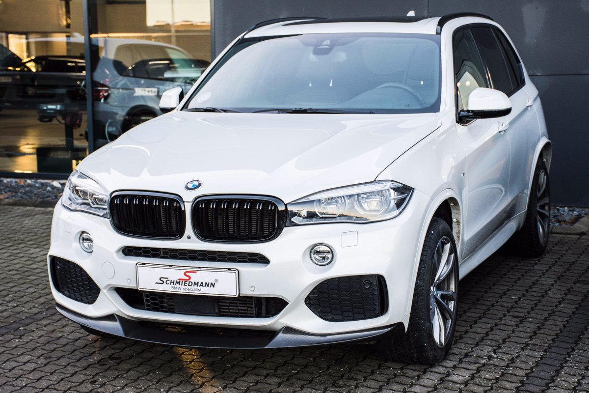 Schmiedmann Bmw On Twitter This White Bmw X5 F15 Came To Our Workshop For A Bit Of Styling In The Form Of A New Set Of Kidneys In Black High Gloss And