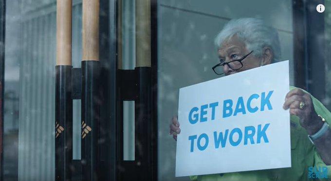 Con una jefa como Gert Boyle en @Columbia1938 es un placer trabajar 😜 Divertida promo de la marca [VIDEO] ➡️ https://t.co/94LWGwPg7J
