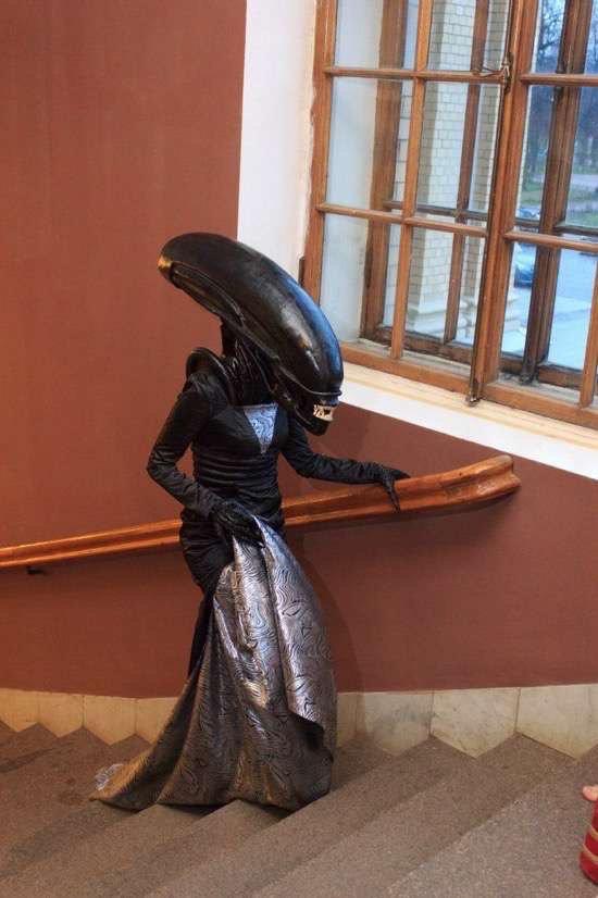 Aliens on a princess