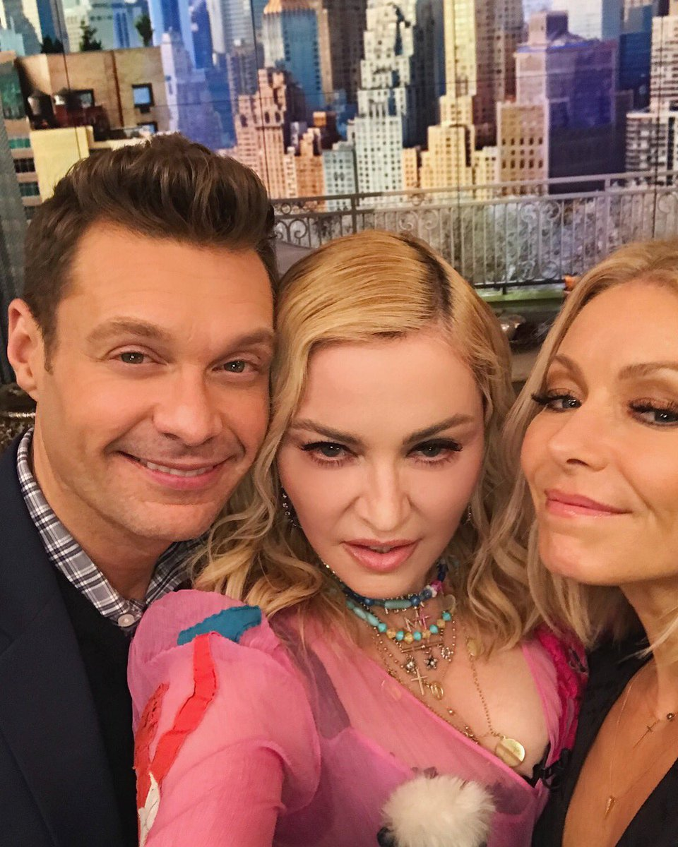 Can I make this my passport photo? @madonna #kellyandryan