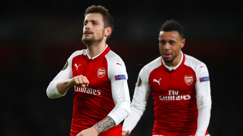 Arsenal : le placardisé Mathieu Debuchy à la croisée des chemins https://t.co/uVXDbWUsds