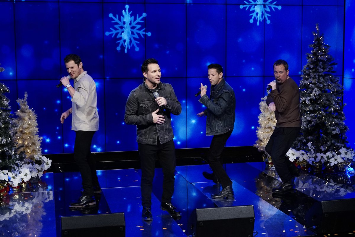 98 degrees on twitter brought some christmas cheer to livekellyryan this morning thanks for having us kellyripa ryanseacrest - 98 Degrees Christmas