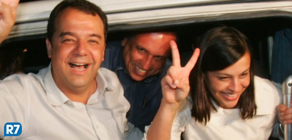 Cabral e Adriana Ancelmo são aprovados em vestibular de teologia https://t.co/wSu6fu523s