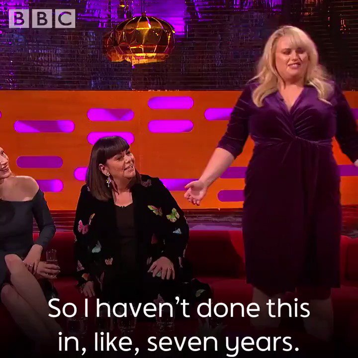 .@RebelWilson recreates her Pitch Perfect audition for @Grahnort. Magical. 😍 https://t.co/9hN903H0lC