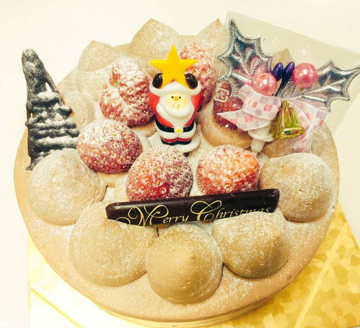 クリスマスケーキ第1号が出発です!クリスマスを彩っておいでー(о´∀`о) #クリスマスケーキ #大高かおる堂