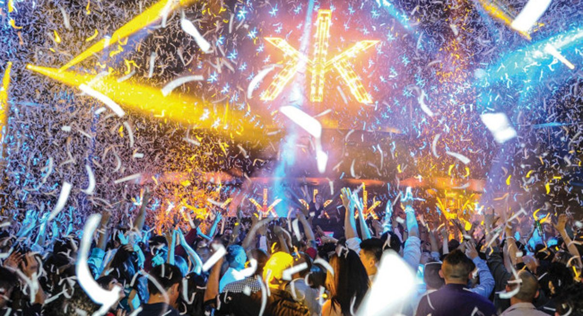 RT @GQAustralia: 10 Nightclubs You Have To Visit Before You Die. https://t.co/5jumdel48h https://t.co/ZUurrTSHZk