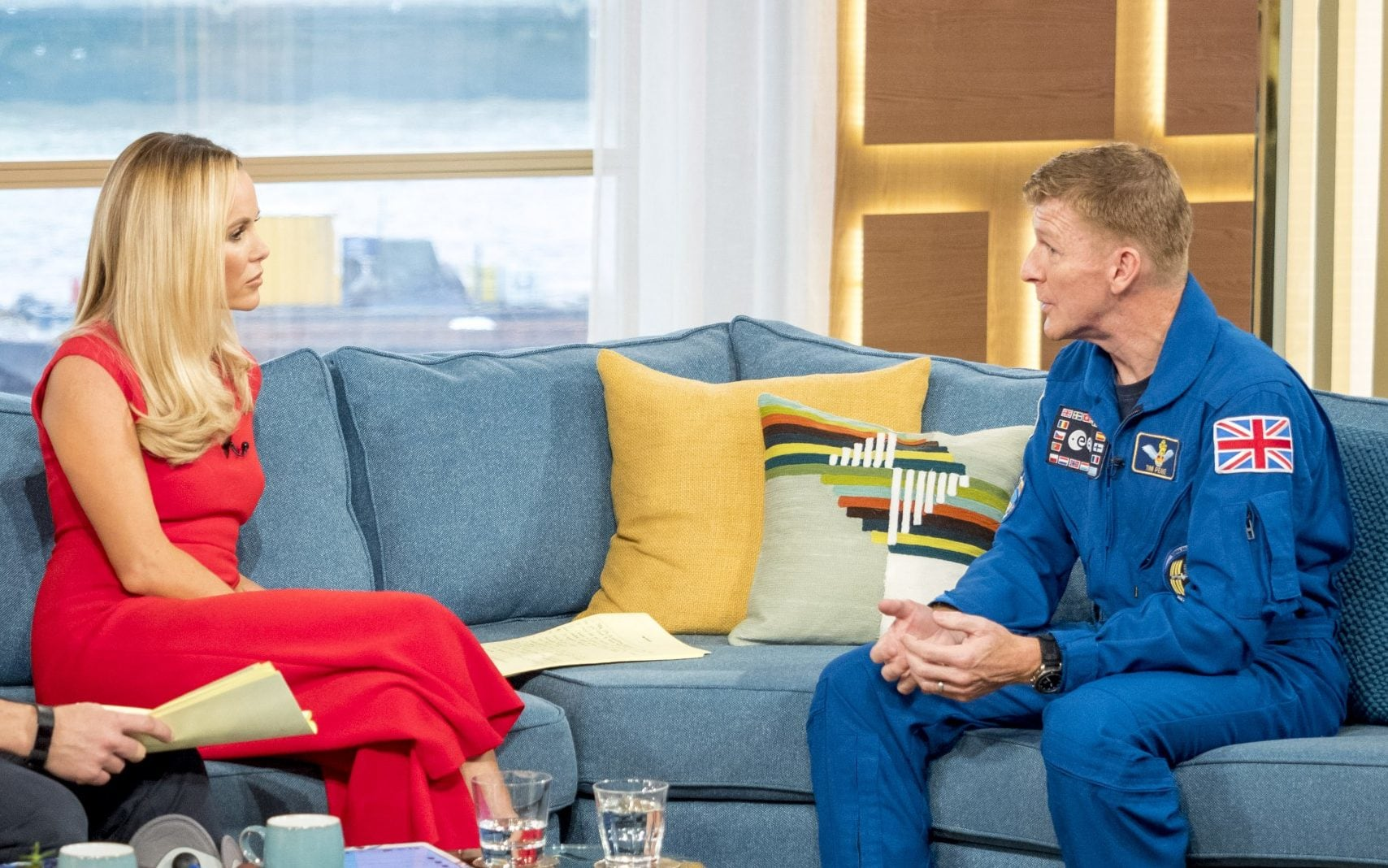 RT @jonnohopkins: Why does Tim Peake wear a space suit everywhere except space? https://t.co/C2yhtwxwBX