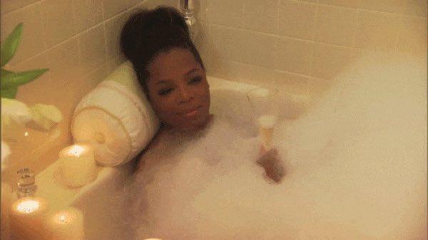 Twitter Snap Professor Gaia In Bathtub
