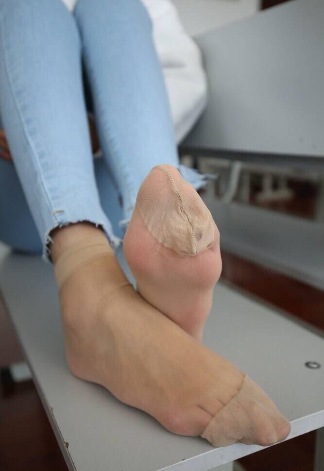 Mommy feet