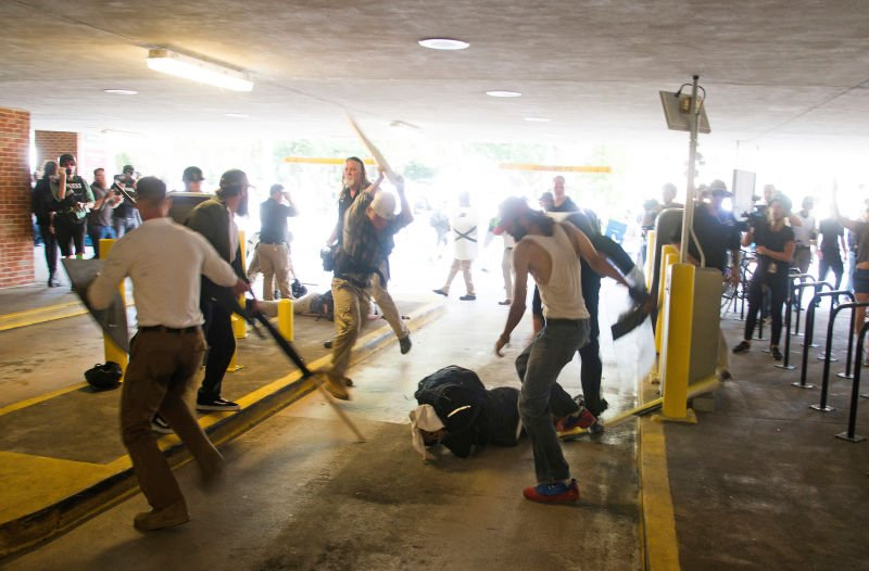 Felony charges against DeAndre Harris dropped in #Charlottesville white supremacist rally https://t.co/BnaK60gFoL