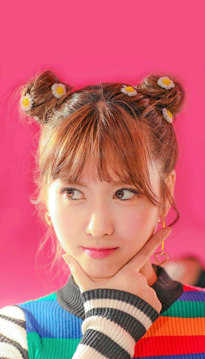 Hye U 혜유 On Twitter Wallpaper Heart Shaker M V Behind