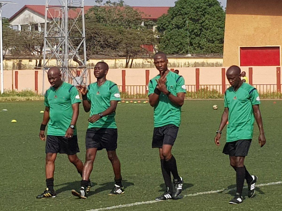 Les arbitres du match ASFAG  - SATELLITE FC de la 8e journée de la ligue pro