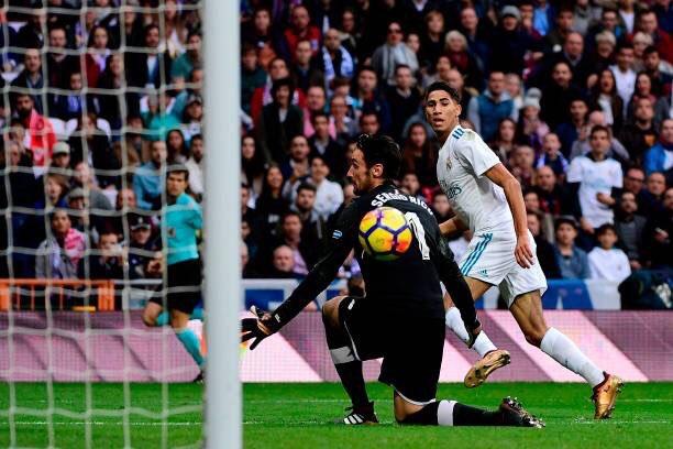 هدف ريال مدريد الخامس في مرمى إشبيلية