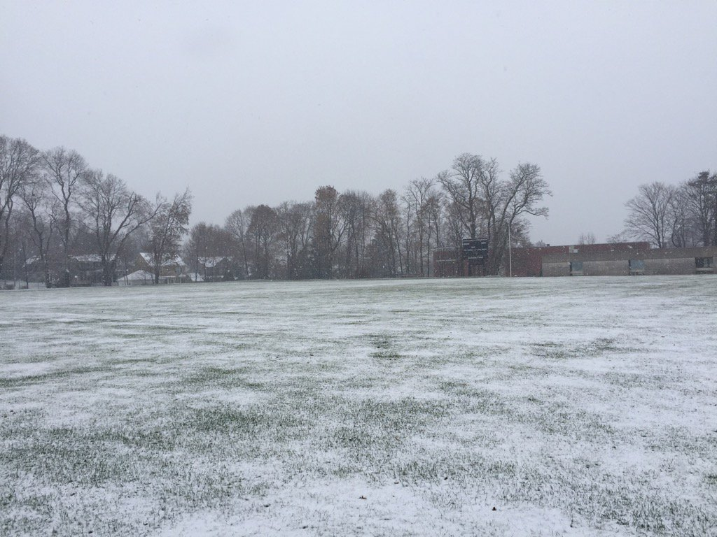 test Twitter Media - First snow @wesleyan_u on Jackson field. Good time to study for finals! https://t.co/mL4Q7XLEZ4