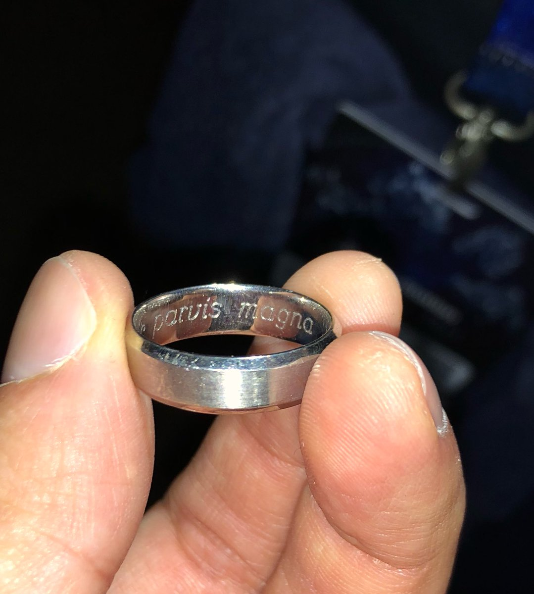 Dr Uckmann On Twitter Met This Couple Who Got Sic Parvis Magna Engraved On Their Wedding Bands So Cool Psx2017