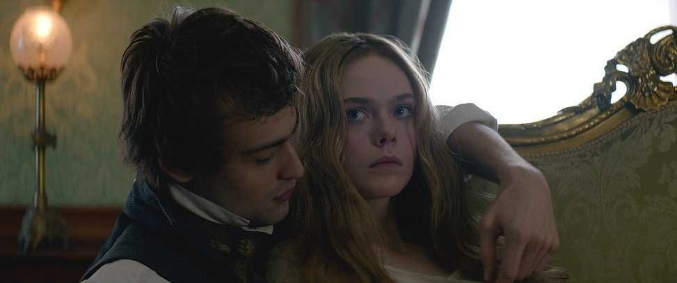 Mary Shelley (anciennement A Storm in the Stars), un film sur Mary et Percy Shelley DQpBELCXcAEb0qL