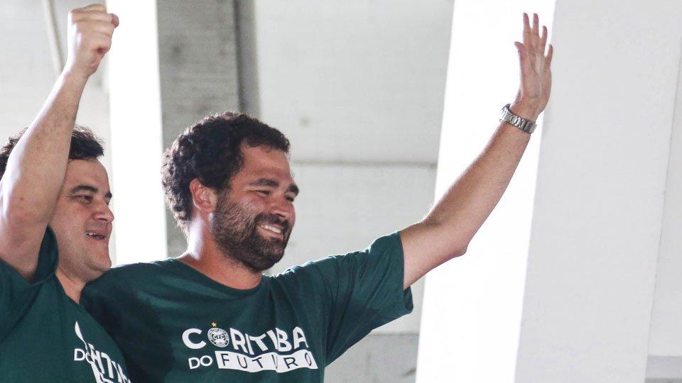 Candidato da situação, Samir Namur é o novo presidente do Coritiba. https://t.co/4bnQNJ4ks7