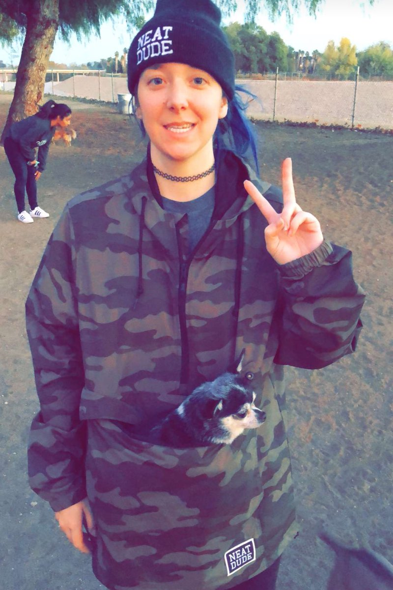 Neat Dude On Twitter Lmao Holding Your Pets In The Jacket