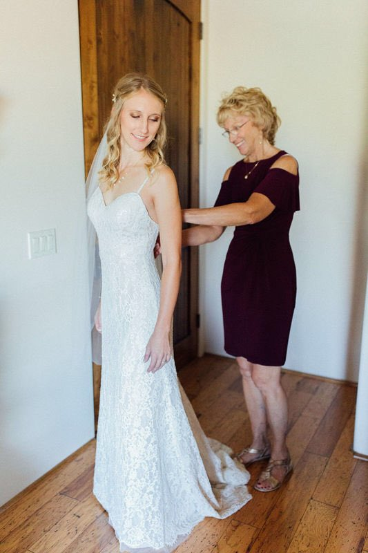 Alis Fashion Design On Twitter Smallbusinesssaturday We Know It Is A Panic When You Have A Disaster On Your Wedding Gown For The Big Day We Certainly Help Bridalemergency Within 24 Hours