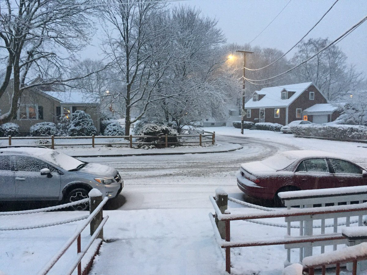 Even there is a snow storm, meditation lovers in #Boston still make it to the class. Inner peace leads to clarity. Your goal will be easier to accomplish. ... Learn more  http:// meditationtime.org  &nbsp;   or  http:// fob.com/boston072  &nbsp;   #Meditation for all-where true happiness is found. <br>http://pic.twitter.com/2Aao4dCyzJ