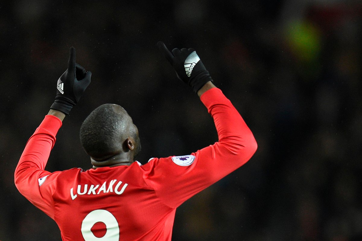 Romelu Lukaku will become the only #PL player to score in 3 successive league appearances against a side managed by Pep Guardiola if he nets on Sunday for @ManUtd #MUNMCI #ManchesterDerby