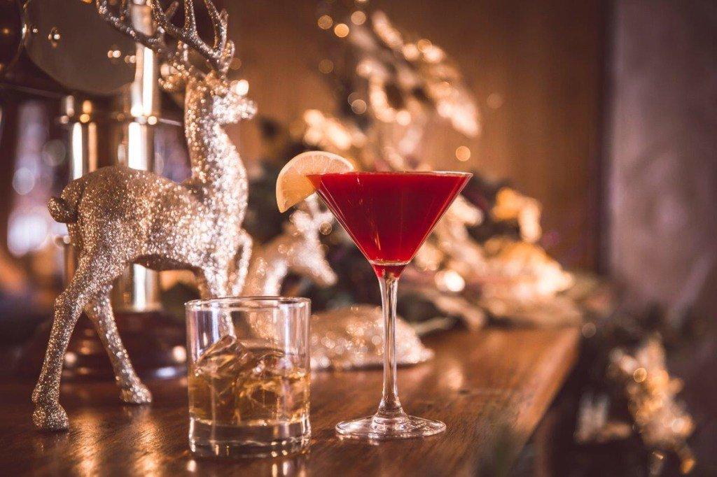 Belfast at Christmas: Festive Cocktails belfasttimes.co.uk/belfast-at-chr…