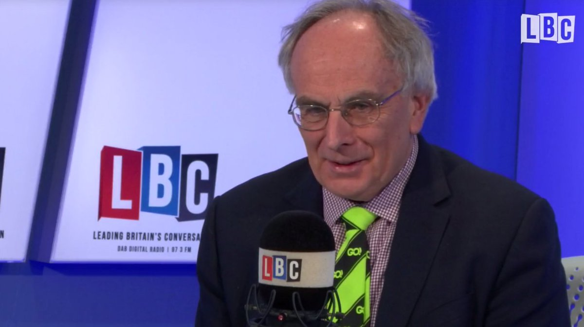 He is adorned with his favourite Go! tie #FarageOnLBC https://t.co/rusjmMGjh6
