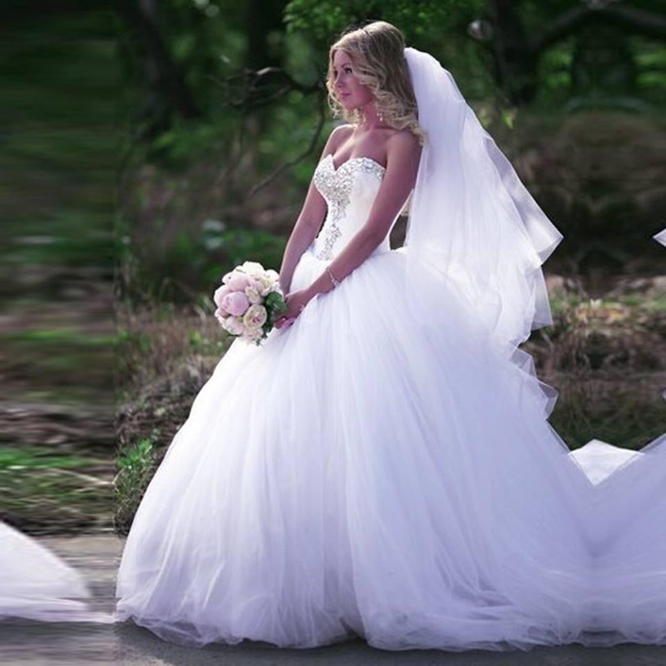 фото свадебных пышных платьев с фатой люблю россию считаю