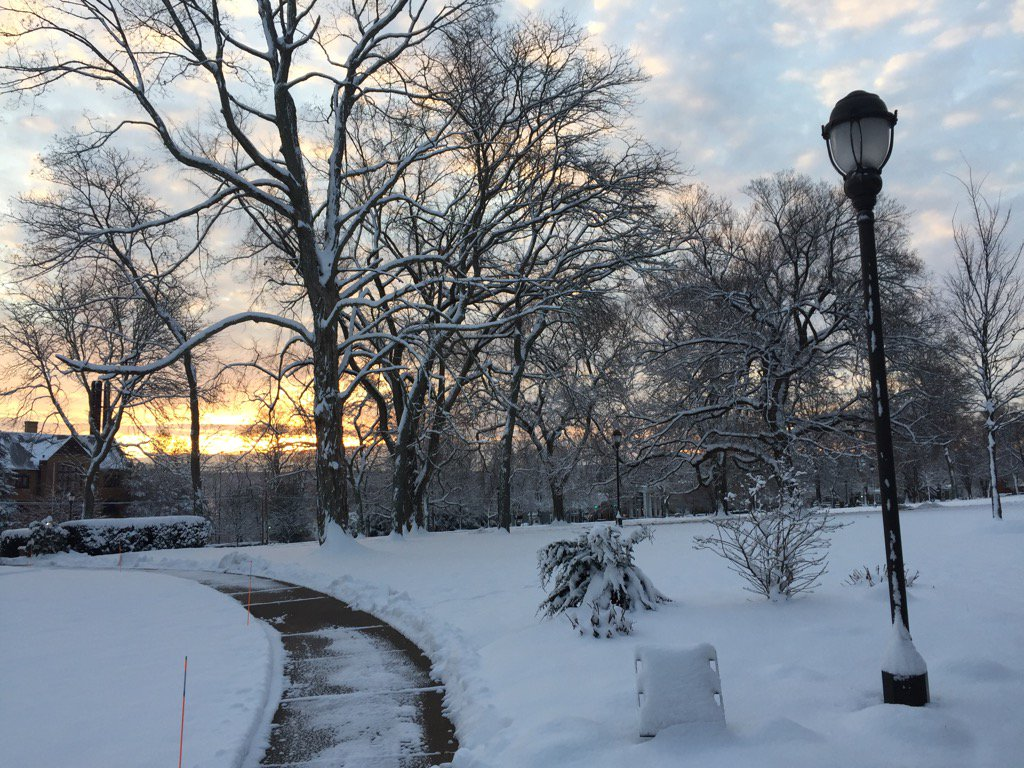 test Twitter Media - Sunday morning, after snow & before finals @wesleyan_u https://t.co/wOBpRw9UqV