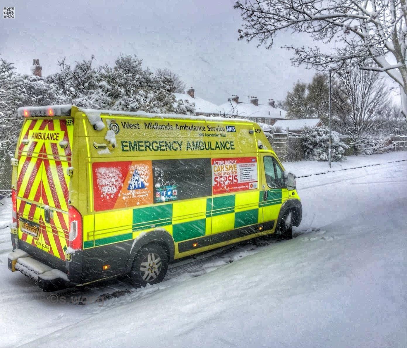wm ambulance snow