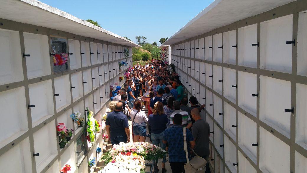 d599ac43053 voluntaria morta em assalto a joalheria em hipermercado e sepultada em  alvorada