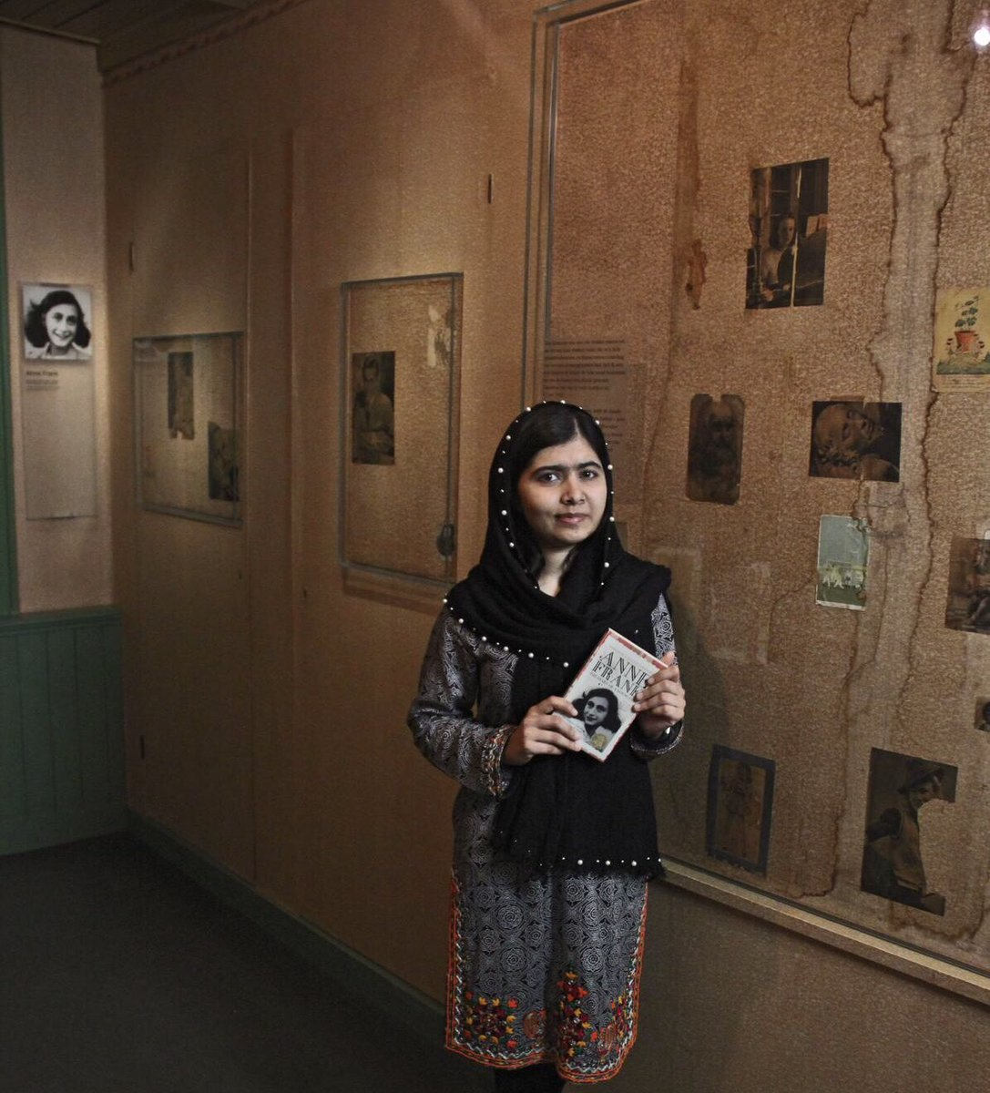 The words Anne Frank wrote in this room still remind us to cherish and defend human rights. Today, I am thinking of Palestinian and Rohingya children- and all around the world still struggling to achieve Anne's dream of freedom. #HumanRightsDay