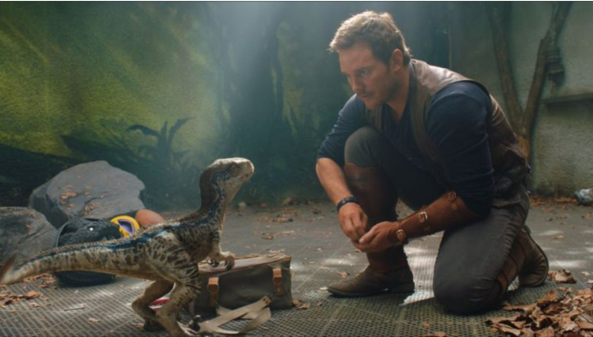 ICYMI: A field guide to all the dinos in the new @JurassicWorld: #FallenKingdom trailer https://t.co/qVOHVmpnUW