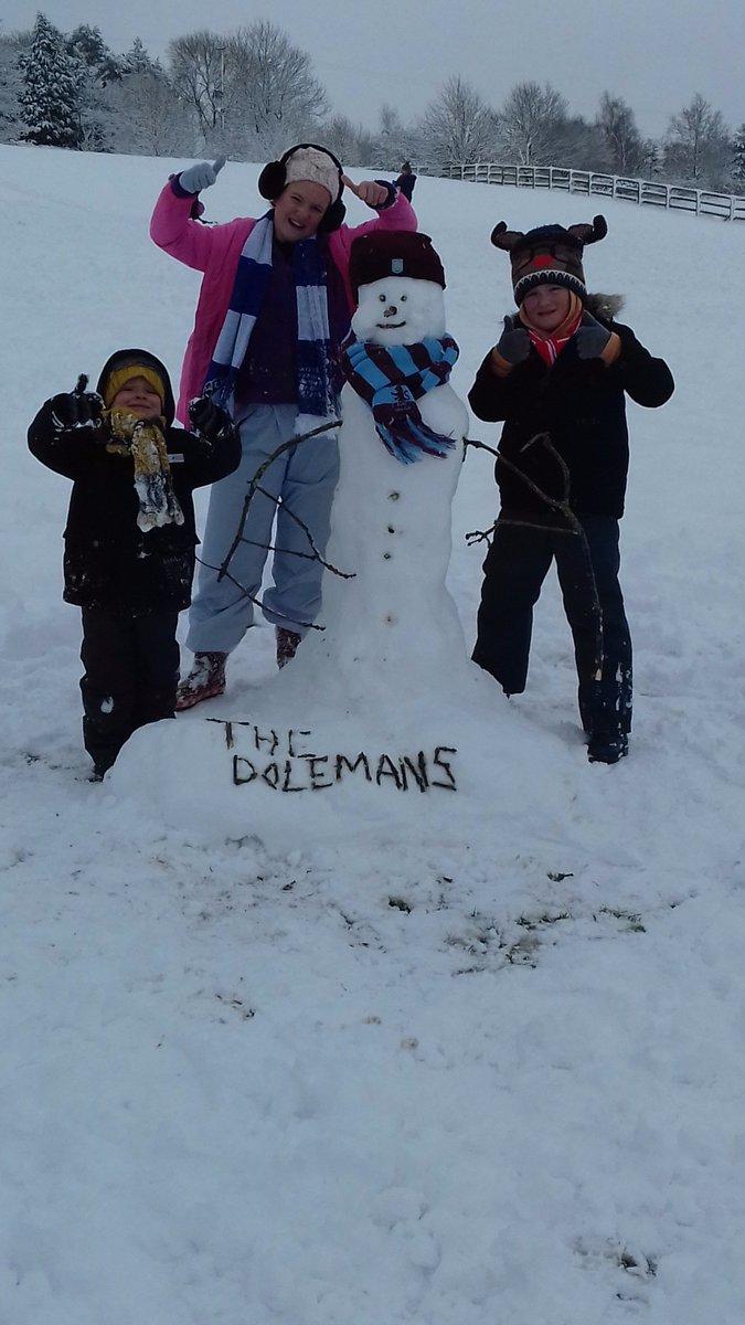 @EllesmerePS @NWATrust @DelamereAcademy @StMartinsChest1 @Oakviewacademy1 Dolemans outhe enjoying the snow!