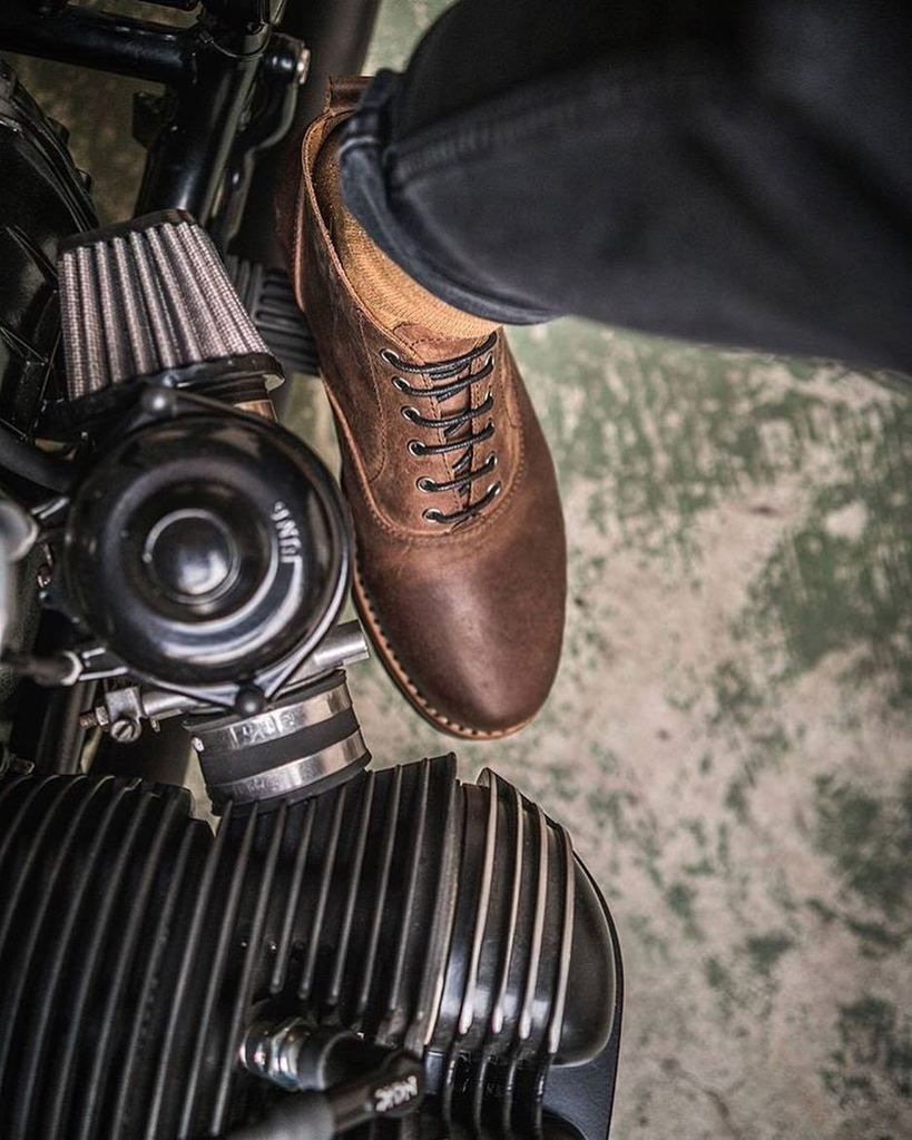 Ortodoux On Twitter Paul Vanml Bmw R100 Deathstar Versus Ortodoux Warlord Classic And Modern Collide Teamironwood Bmw Bmwmotorrad Bmwcaferacer Caferacerbmw Caferacer Deathstar Classic Vintage Custommotorcycle Moto Motorcycle Boots
