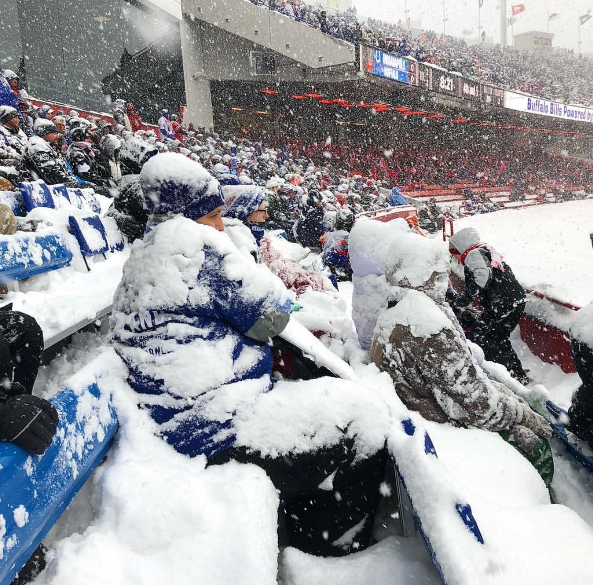 Next time you complain about being cold at a Scottish football game, just think of the Buffalo Bills fans today. https://t.co/2cPTRxk6OS