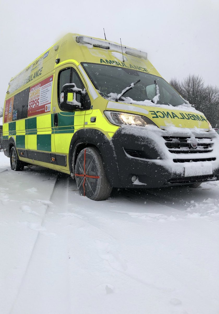 As well as our own off duty staff offering to assist on their rest days, we've been overwhelmed with support from volunteers &amp; members of the public wanting to help us this weekend . Thank you each &amp; every one of you #proud #teamneenaw<br>http://pic.twitter.com/m6TcpdxnzO