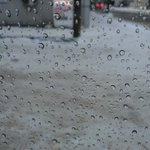 おはようございます。朝から大雪。。。じゃなく、 #大雨 の札幌です。足元状況はかなり悪そうです。通勤…