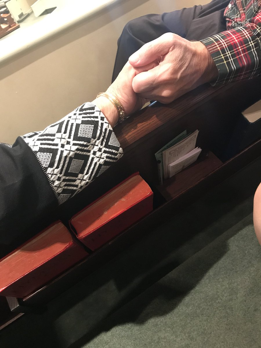 This man just reached up and grabbed his wife's hand during the church service. #goals #goalsonsunday <br>http://pic.twitter.com/Jaiyqac1VO
