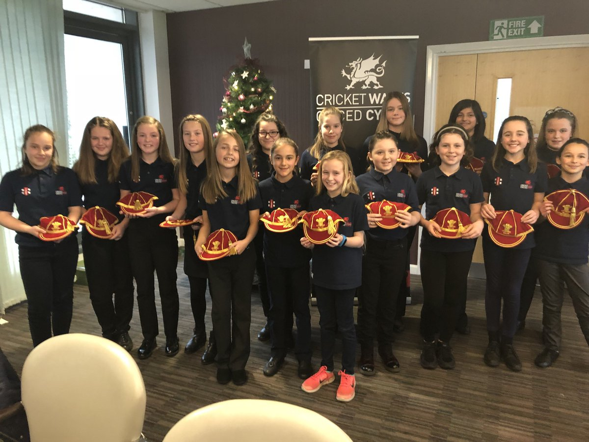 The new under 12 caps for 2017. Congratulations girls!   #Proud #FutureIsBrightFutureIsWelsh We missed you @gabbybasketter hope you are enjoying    <br>http://pic.twitter.com/Gqh8cVQHkX