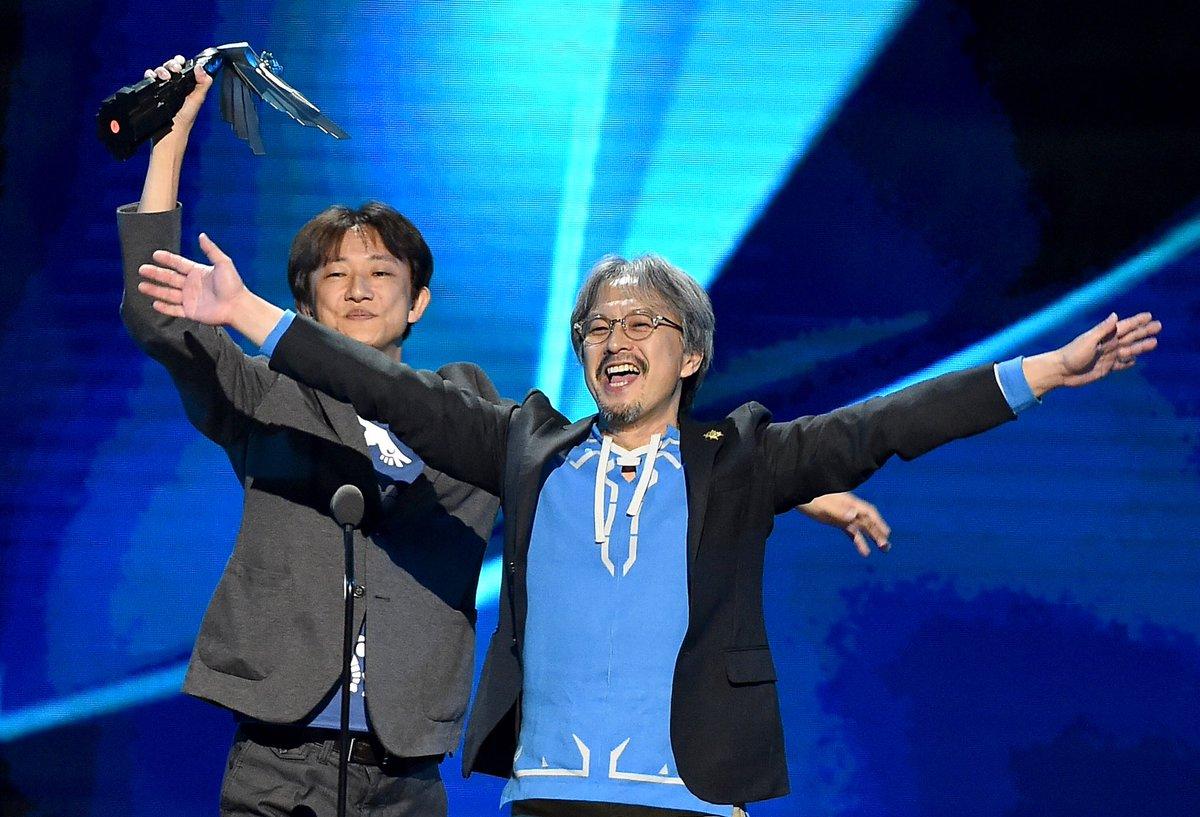 RT @thegameawards: #TheGameAwards memory: Zelda Breath of the Wild wins Game of the Year! @NintendoAmerica 🏆 https://t.co/jN3NXcRsXf